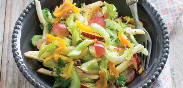 Chrupiąca sałatka selerowa ( 4-6 porcji )